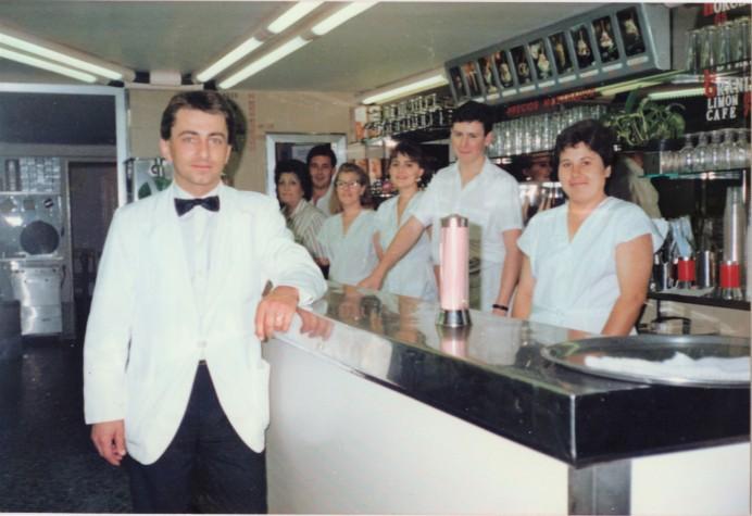 Nuestra tienda de la Ronda Sant Pablo 3, Barcelona. Años 80