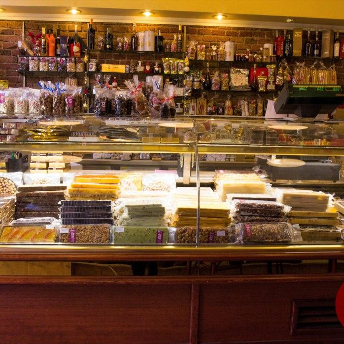 Nuestra tienda de la Ronda Sant Pablo 3 y 5, Barcelona